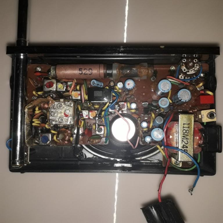 Зарубежные бытовые радиоприёмники Naaa_309