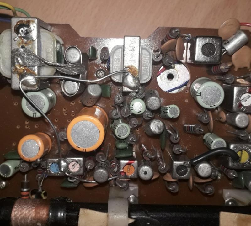 Зарубежные бытовые радиоприёмники Naaa_371