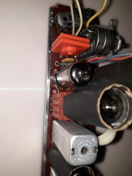 Зарубежные бытовые радиоприёмники - Страница 2 Naaa_458