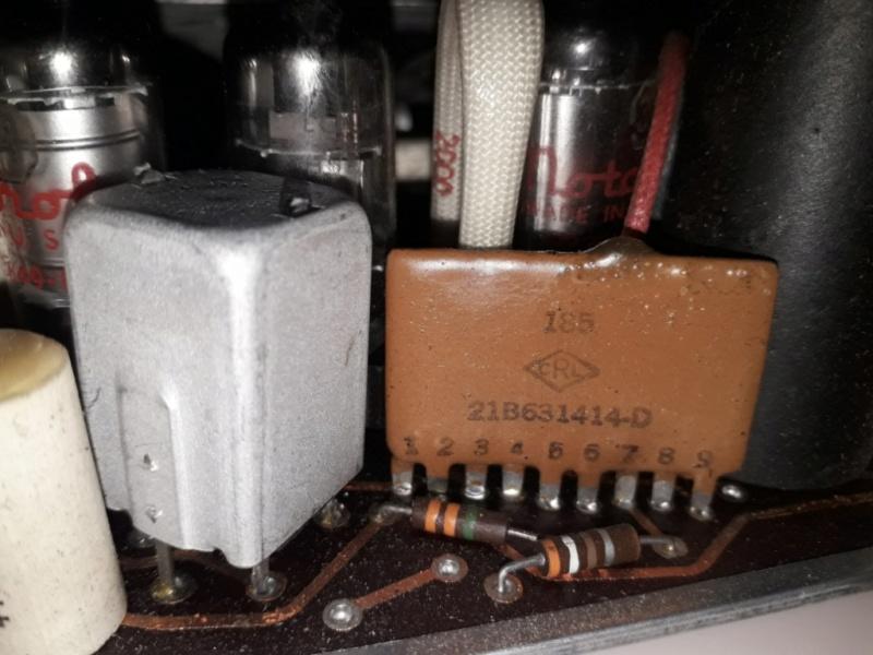 Зарубежные бытовые радиоприёмники Naaa_531