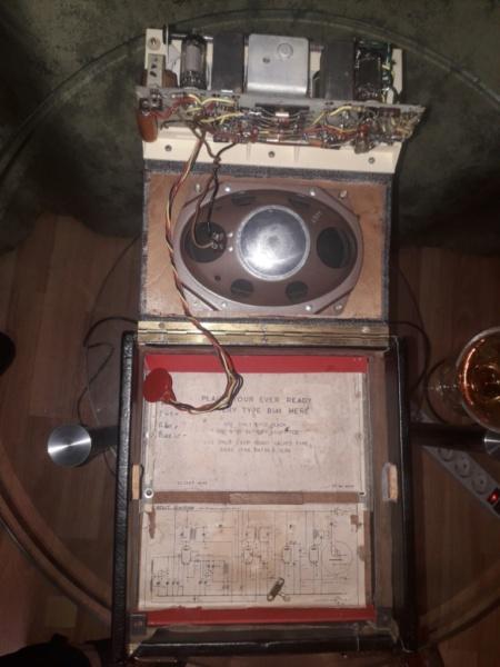 Зарубежные бытовые радиоприёмники - Страница 2 Naaa_537