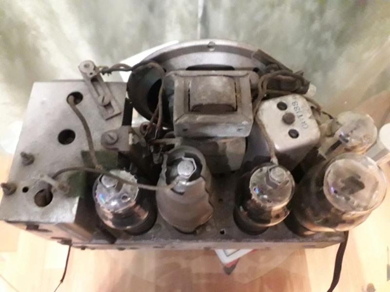 Зарубежные бытовые радиоприёмники - Страница 2 Naaa_555