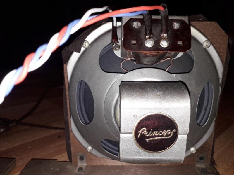 Зарубежные бытовые радиоприёмники - Страница 2 Naaa_575