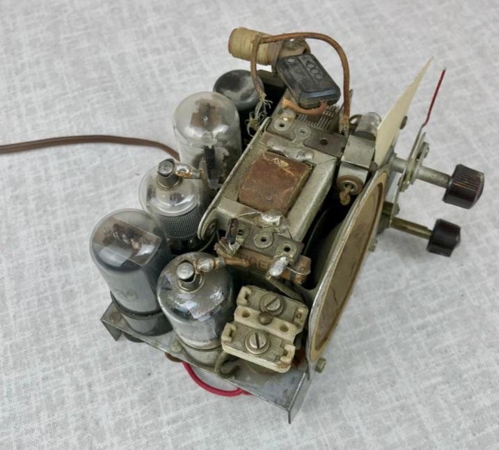 Зарубежные бытовые радиоприёмники - Страница 2 Naaa_576