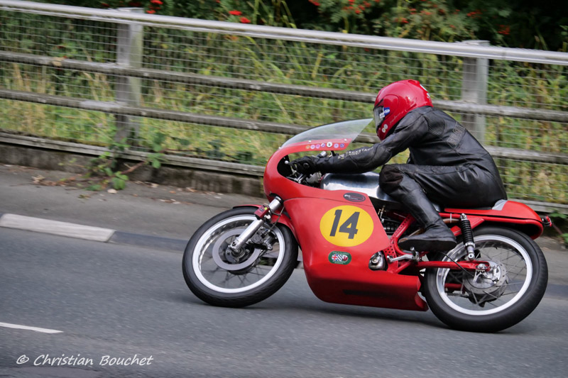 [Road racing] Classic TT/ Manx GP 2019  - Page 23 20191406