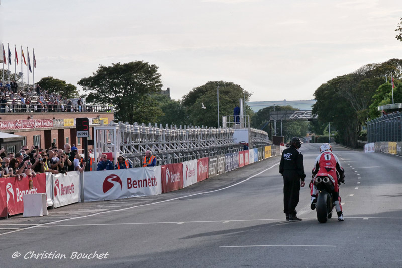 [Road racing] Classic TT/ Manx GP 2019  - Page 23 20191505