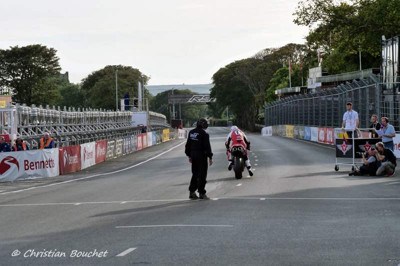 [Road racing] Classic TT/ Manx GP 2019  - Page 23 20191506