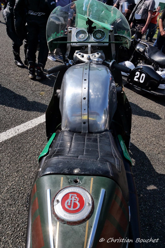 [Road racing] Classic TT/ Manx GP 2019  - Page 24 20191579