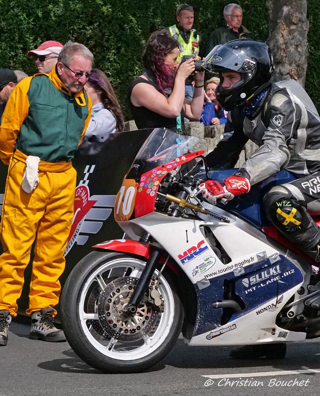 [Road racing] Classic TT/ Manx GP 2019  - Page 29 20192332