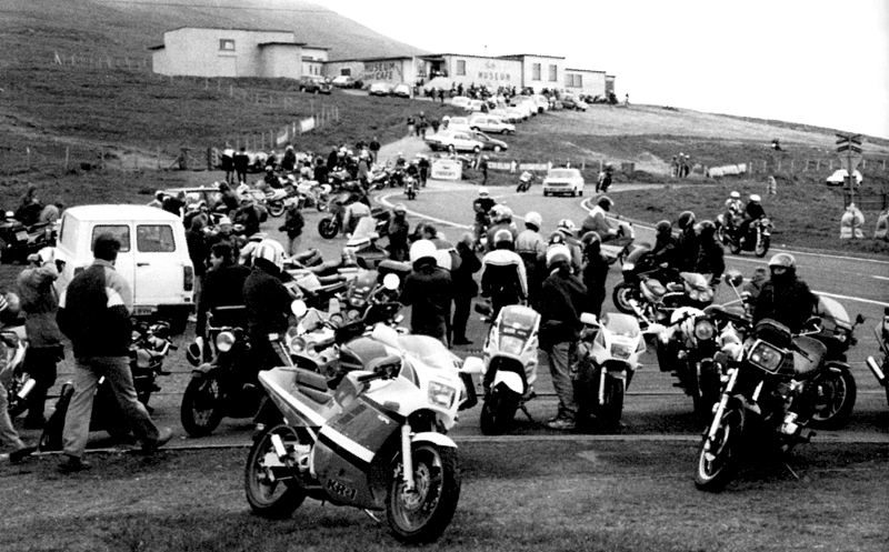 [Road racing] Classic TT/ Manx GP 2019  - Page 18 Contra13