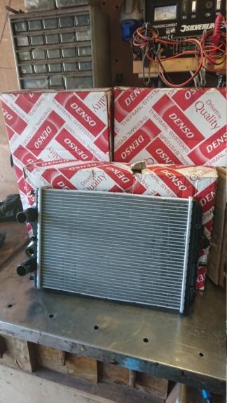has anyone sourced alternative parts to original hijet parts Dsc_5911