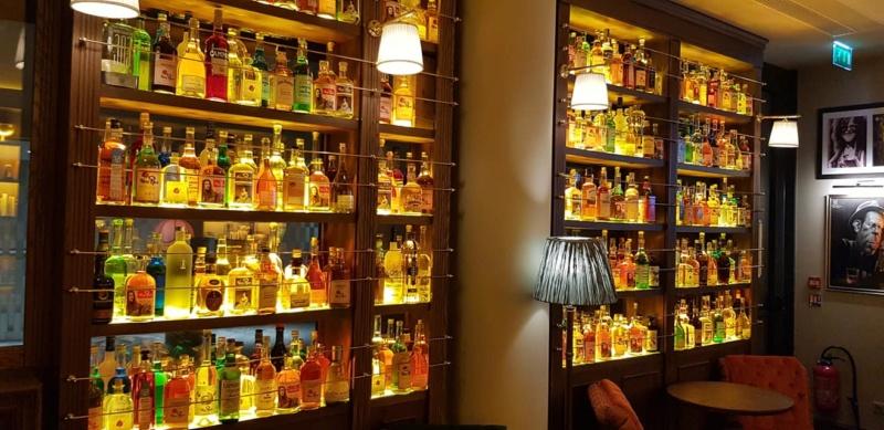 New Rose Cocktail Bar 40830010