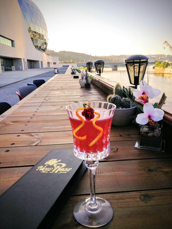 New Rose Cocktail Bar 52522610