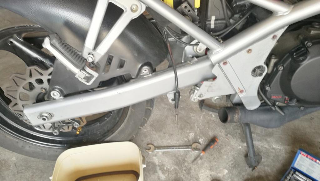 Restauración de Suzuki GSF 400 Bandit GK75A - Página 28 Img_2100