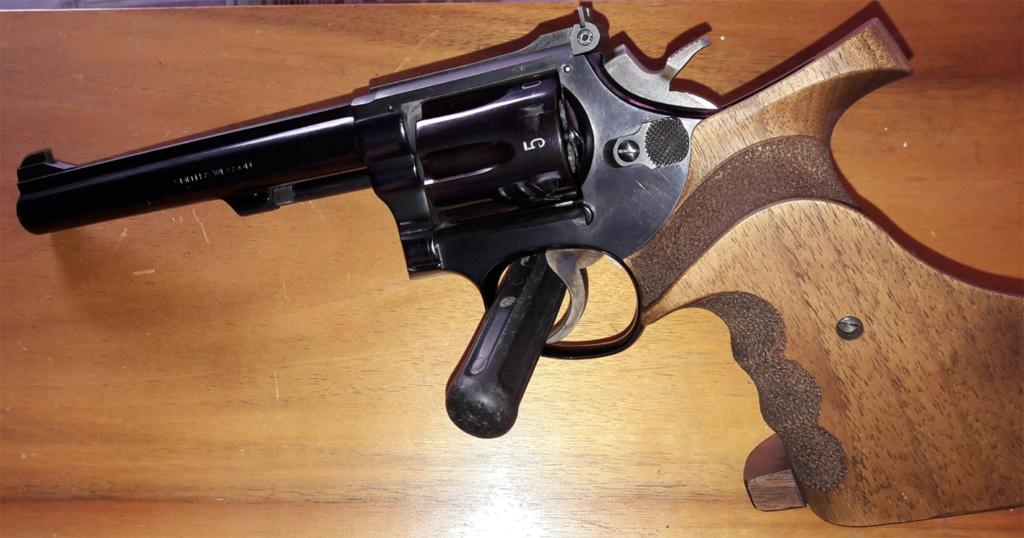 "Revolver S&W 17-3 ""TTT"" Smith-12"