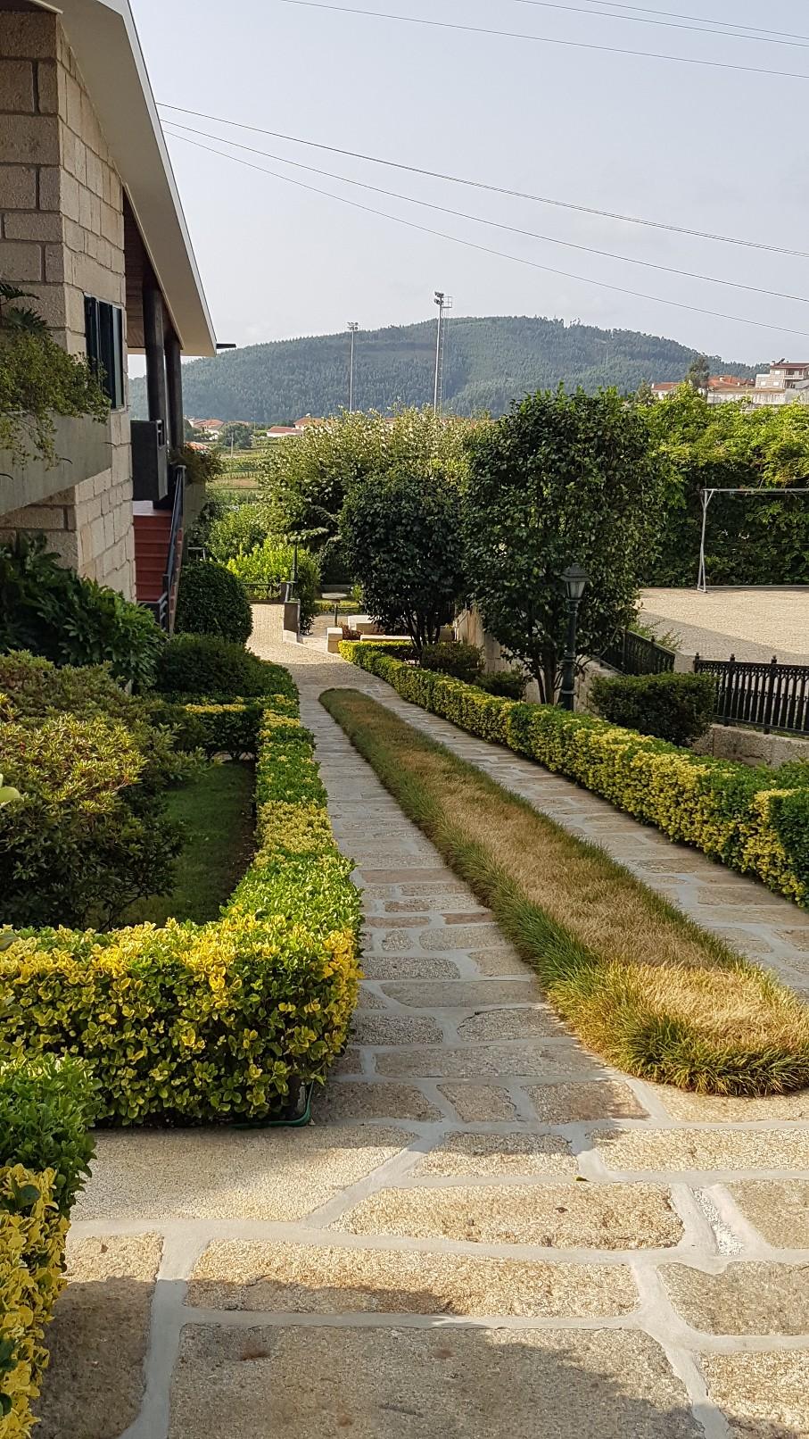 Portugal - Jardins région de Guimaraes  20180306