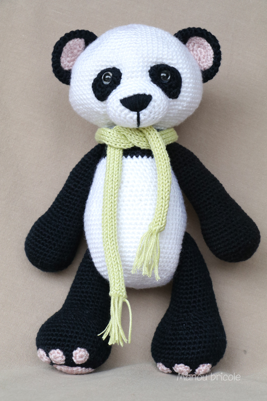 Sitting Panda Crochet Pattern Tutorial - YouTube | 825x550