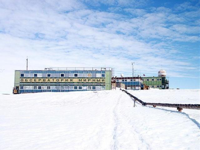 Sowjetische/Russische Basis-Forschungs-Station Mirny 32_big10