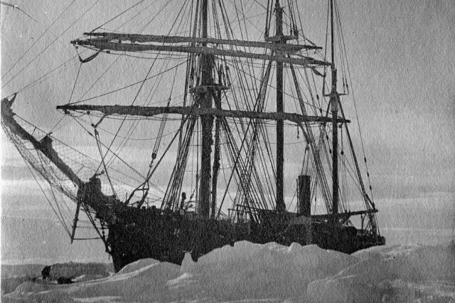 Eisbrecher Polarstern Csm_s_10