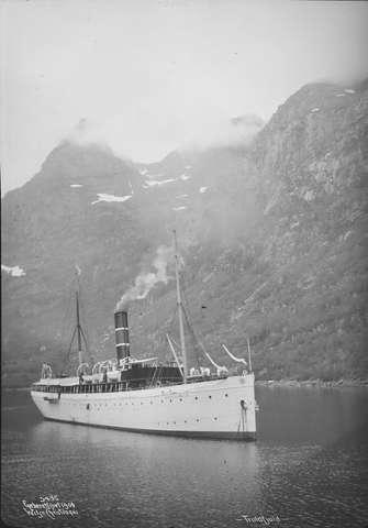 Postkarte mit seltener Vignette. Expedition Arktis. Ds_kon10