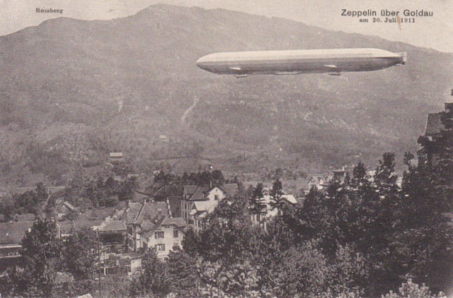 Zeppelin über Goldau Img_2420