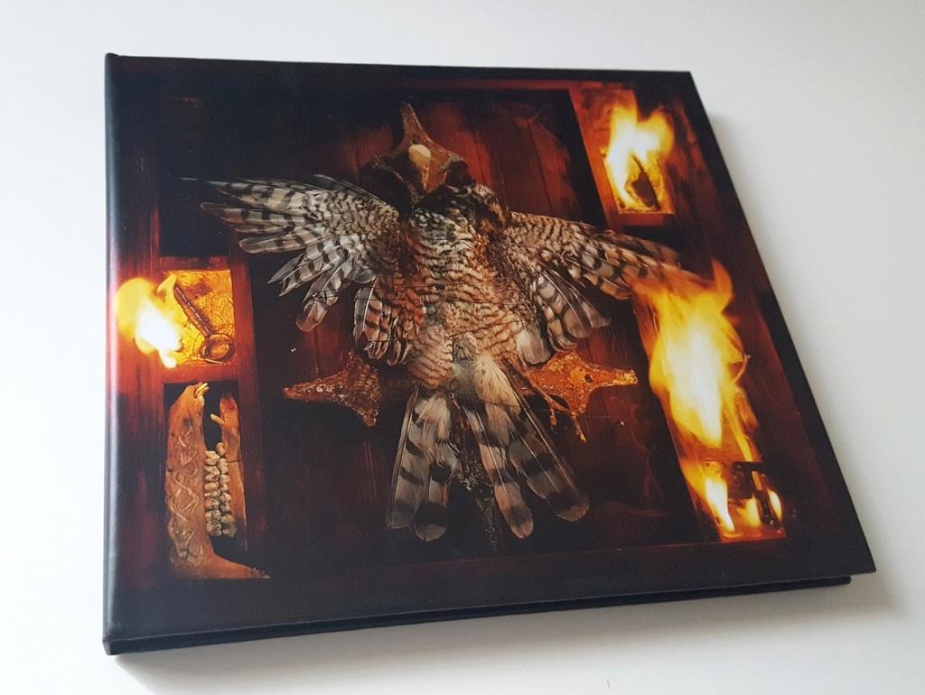 Vous avez des BOX CD ou/et Vinyles Collectors? 87197927