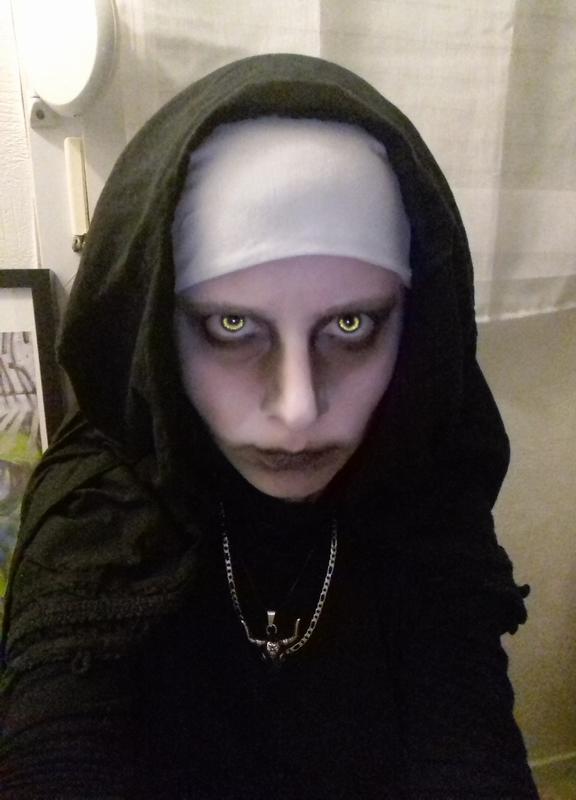 Looks d'Halloween !  Nnnn10