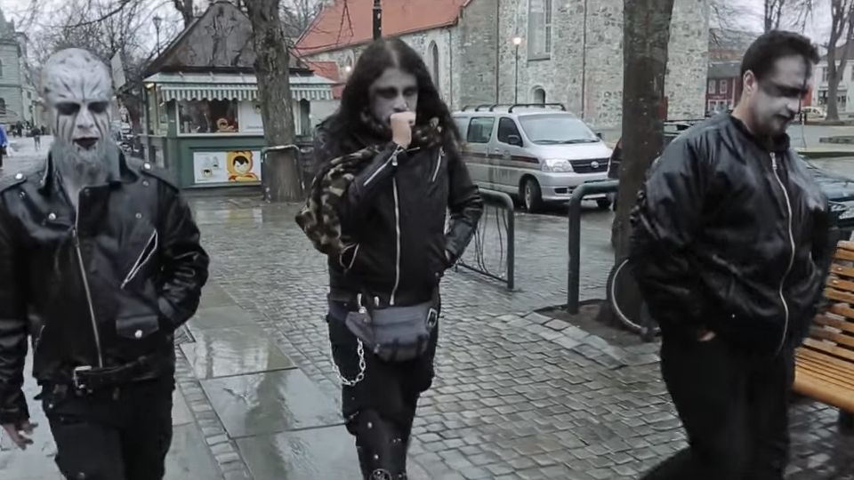 Blackhearts - Un documentaire sur le Black Metal Zvft3r10