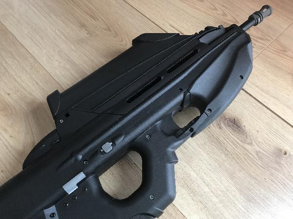 Vente FN 2000 G&G (Bruxelles) Fn200012