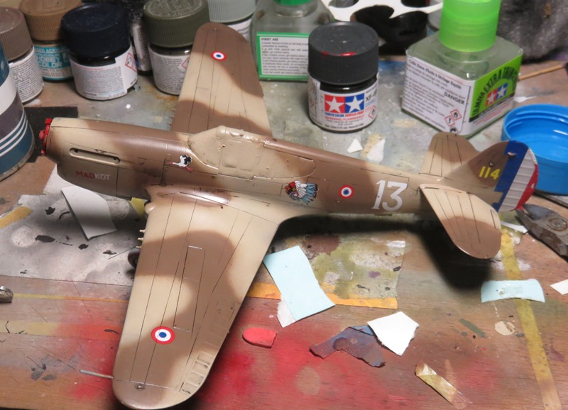 Curtiss P-40F/L [1/48 HOBBYBOSS] Img_3433