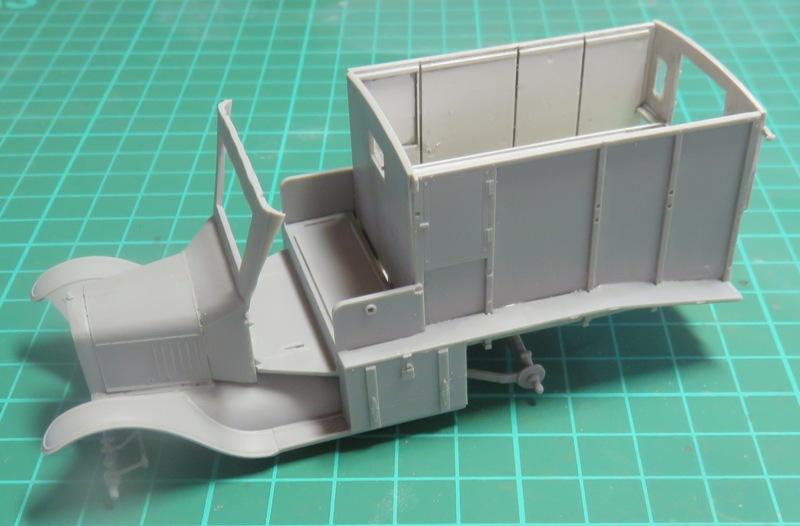 Ford T 1917 Ambulance [ICM 1/35] Img_5218