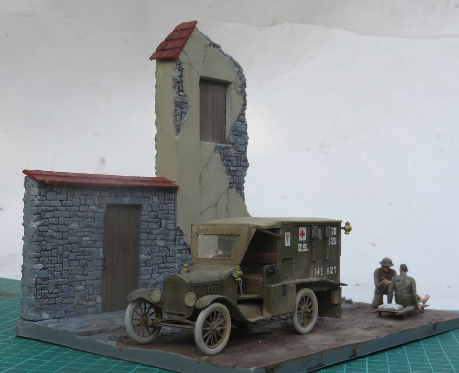 Ford T 1917 Ambulance [ICM 1/35] Img_5310