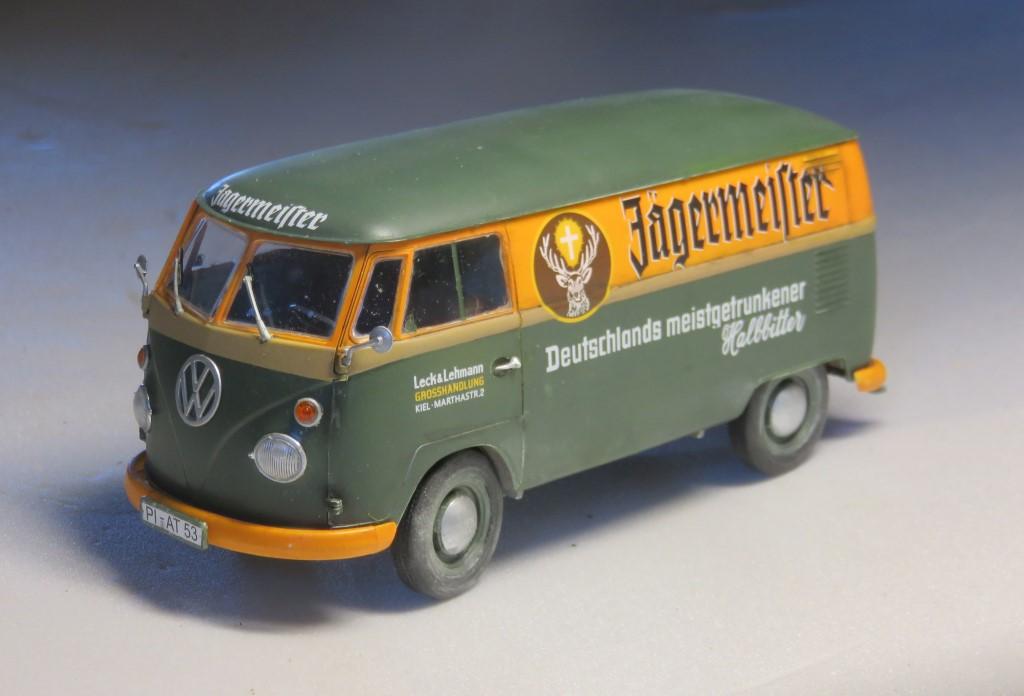 Volkswagen T1 fourgon 'Jägermeister' [REVELL 1/24] Img_6311