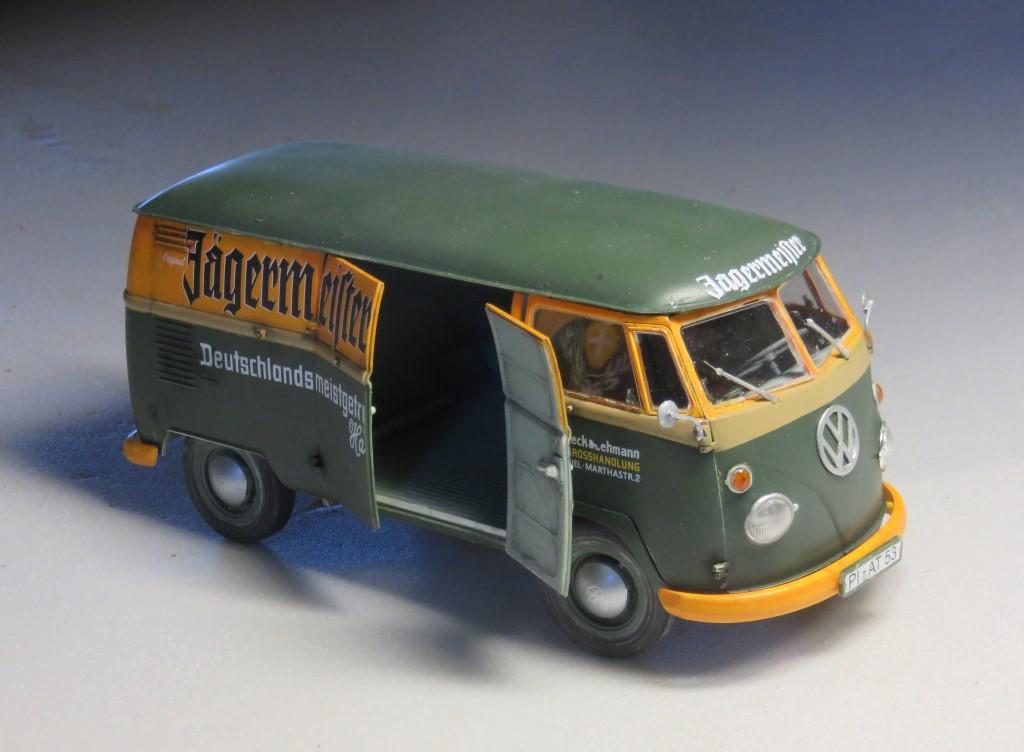 Volkswagen T1 fourgon 'Jägermeister' [REVELL 1/24] Img_6312