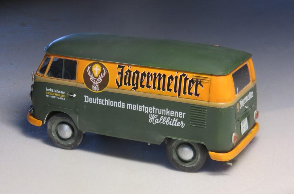 Volkswagen T1 fourgon 'Jägermeister' [REVELL 1/24] Img_6313