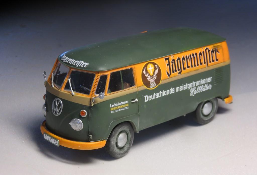 Volkswagen T1 fourgon 'Jägermeister' [REVELL 1/24] Img_6314
