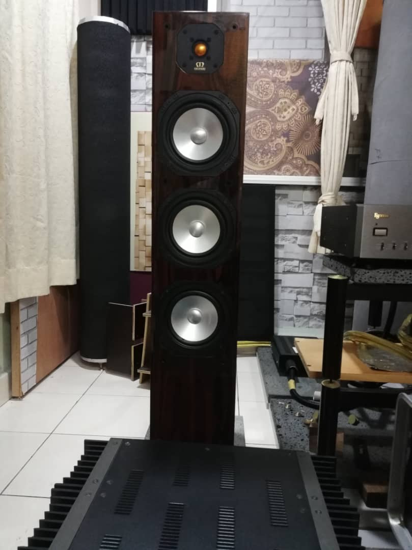 Monitor Audio Studio 50 Whatsa33