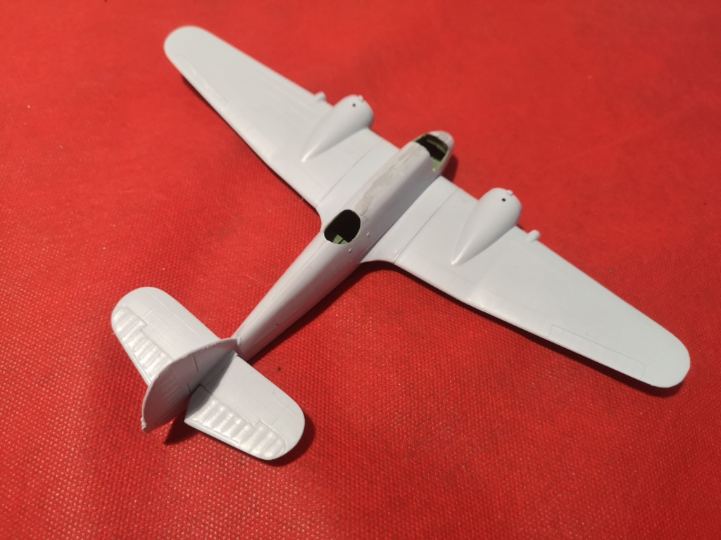 From the box - BRISTOL BEAUFIGTHER TF-X - AIRFIX - 1/72 - Terminé en page 4 Img_2385