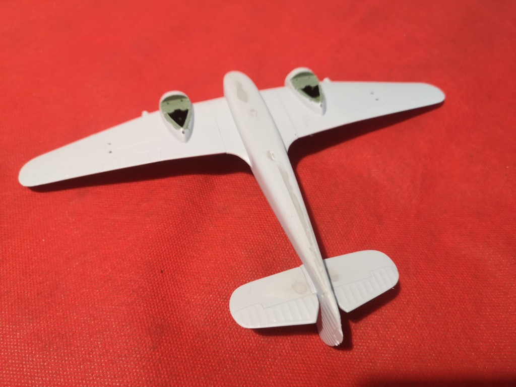 From the box - BRISTOL BEAUFIGTHER TF-X - AIRFIX - 1/72 - Terminé en page 4 Img_2388
