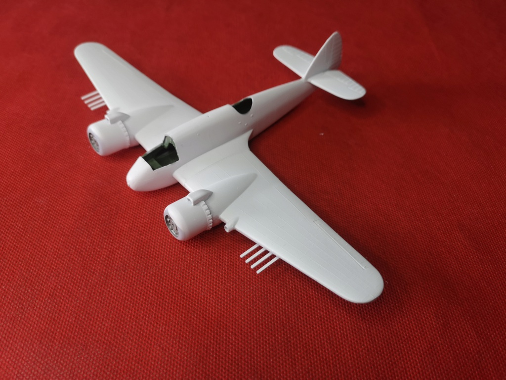From the box - BRISTOL BEAUFIGTHER TF-X - AIRFIX - 1/72 - Terminé en page 4 Img_2390