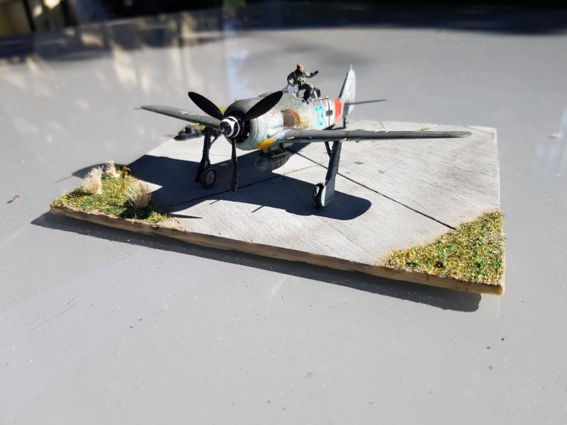 Retour de Mission (FW-190A8 1/72) Devant14