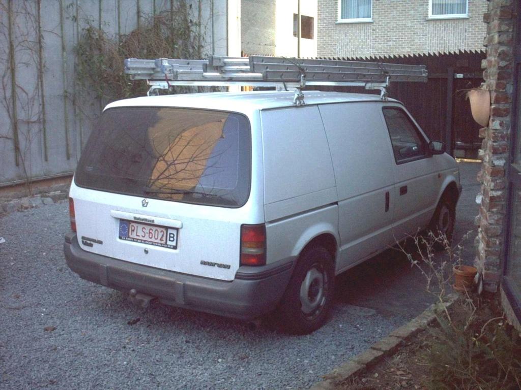 voyager S4 camionnette Cam06210