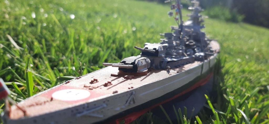 Bismarck - 1/700 - Revell Photo_26