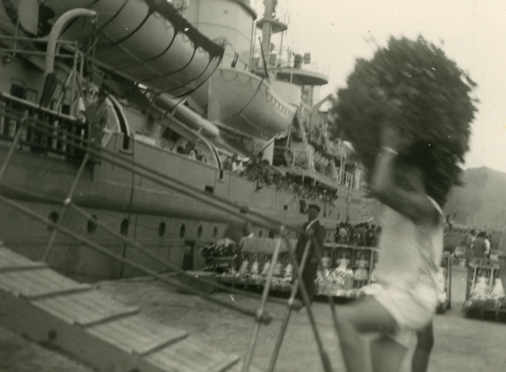 Photos du Kamina 8/8 au 22/09/57 Transport de troupes  Img05010