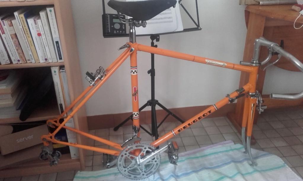 """Motobécane Orange de course """"Premiers pas""""  12161611"""