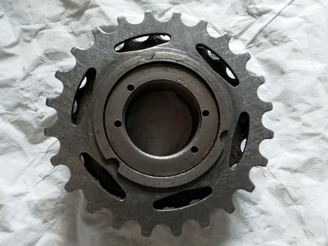 Démontage d'une roue libre Maillard (vélo Gitane Leader 1986) Face_i10