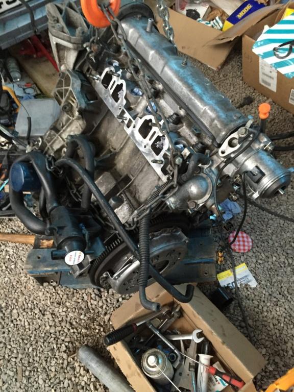 [62] 205 GTI 1L9 - 130cv -  AM90 - Gris Futura Img_2110