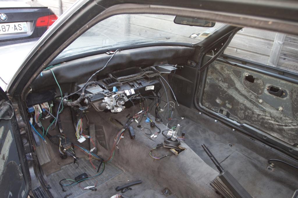 Remise en état d une BMW E30 320i 628d9b10