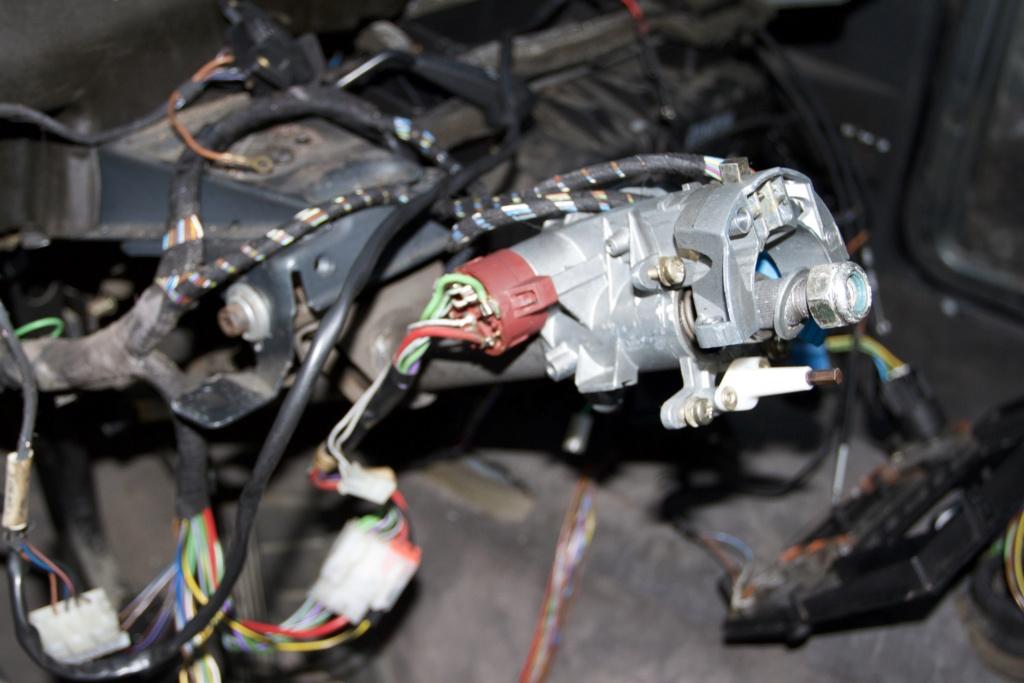 Remise en état d une BMW E30 320i - Page 2 803b3f10