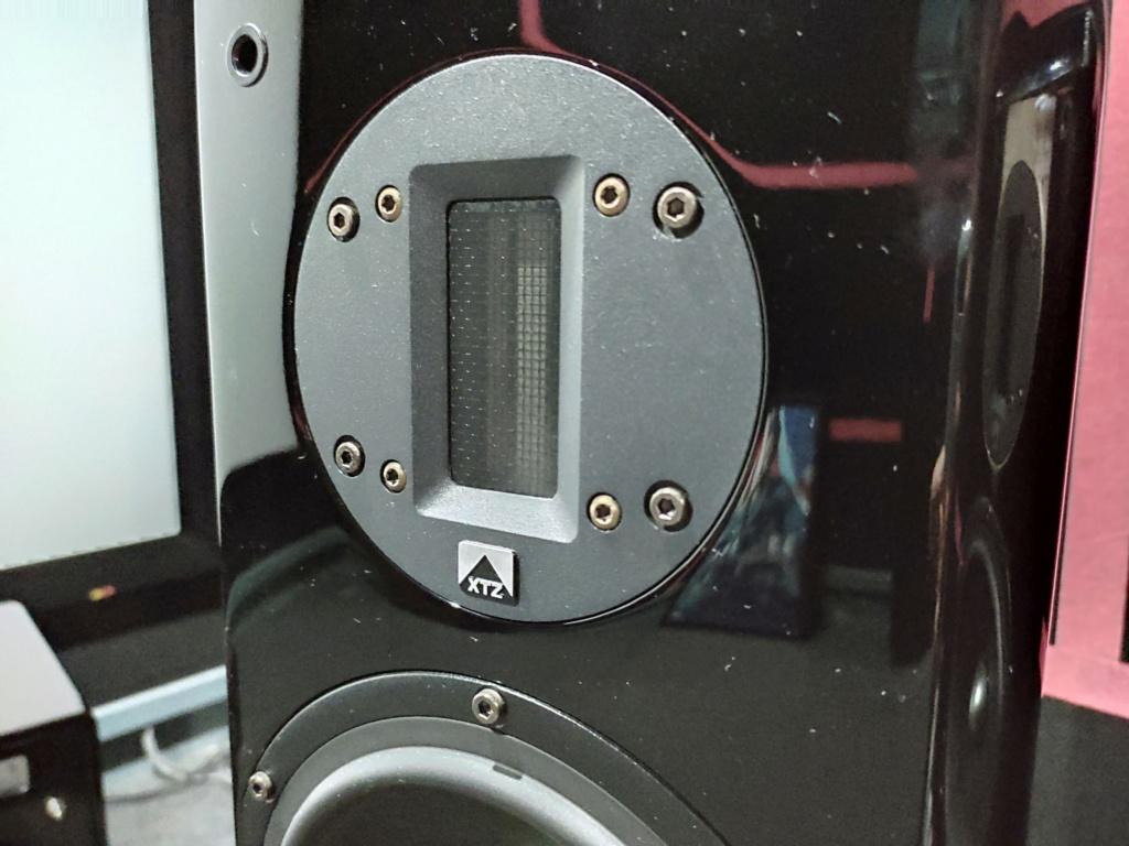 XTZ 99.36 MK II Piano Floorstander Speaker(used) Img_2075